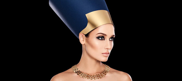 Egyptian Queen with Nefertiti Facial